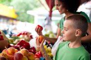 Saveti stručnjaka kako nauiti decu da se zdravo hrane
