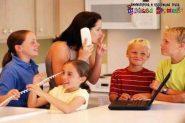 Kako naučiti dete da nas ne prekida u razgovoru